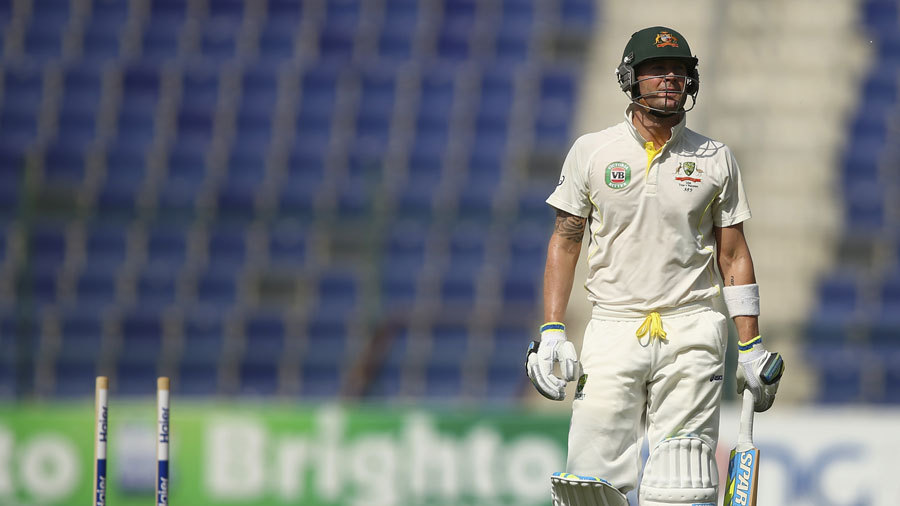 Michael Clarke lost his middle stump on 47