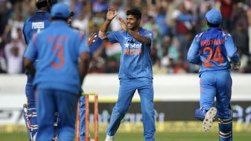 Umesh Yadav hurt Sri Lanka in his second spell as well