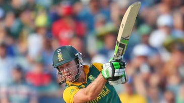 AB de Villiers drives during a rapid 48