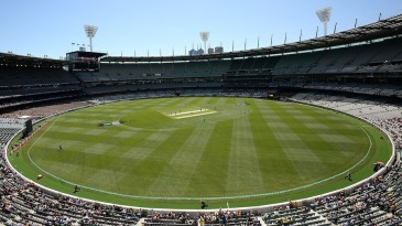Largely empty stands at the MCG at the start of the game