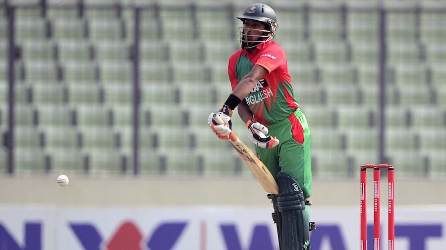 Anamul Haque defends a short ball
