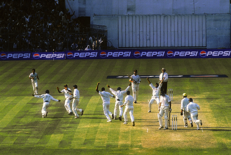 Pause for Oz: Singh takes the ninth Australian wicket*