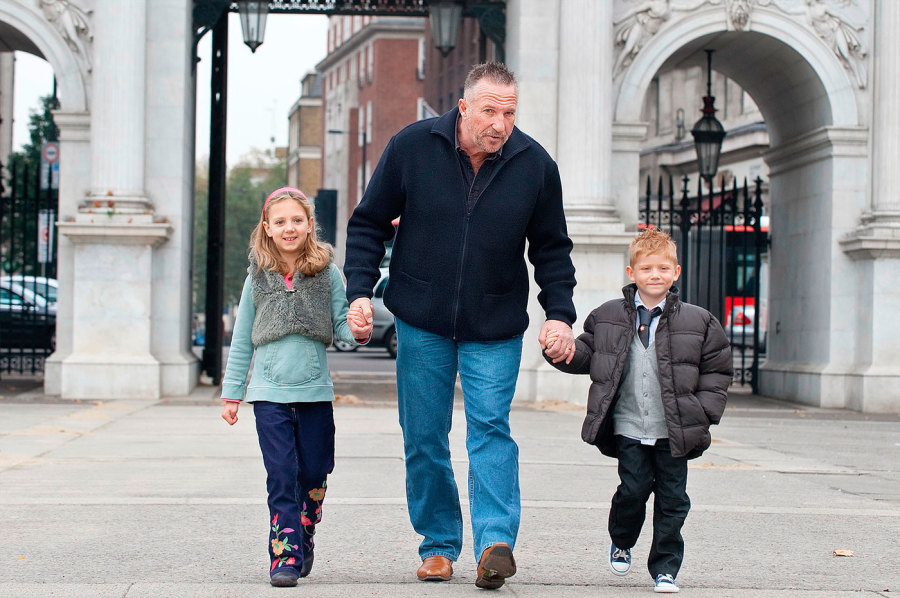 With two leukaemia survivors at the launch of Beefy's Great Forget Me Not Walk in London, 2009