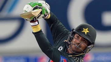 Haris Sohail goes down on a knee to drive
