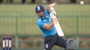 James Taylor drives through the covers