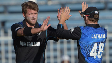 Corey Anderson took the wicket of Mohammad Hafeez