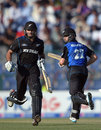 Kane Williamson and Dean Brownlie set off for a run, Pakistan v New Zealand, 5th ODI, Abu Dhabi, December 19, 2014