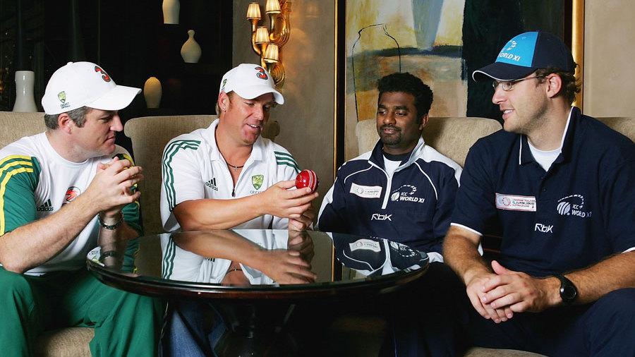 Australia's Stuart MacGill and Shane Warne and ICC World XI's Muttiah Muralitharan and Daniel Vettori