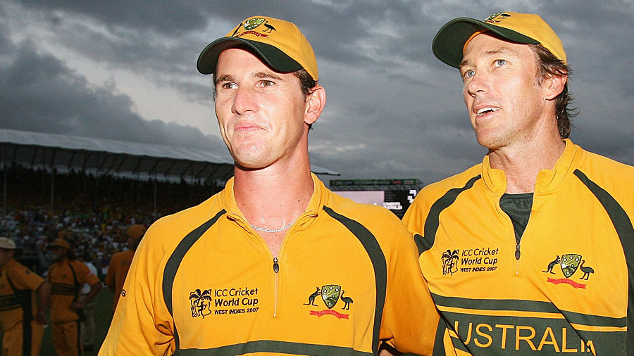 Shaun Tait and Brett Lee after the win