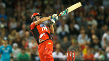 Tom Beaton secured victory for the Renegades with his 16-ball 31