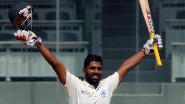 Abhinav Mukund raises his 21st first-class century