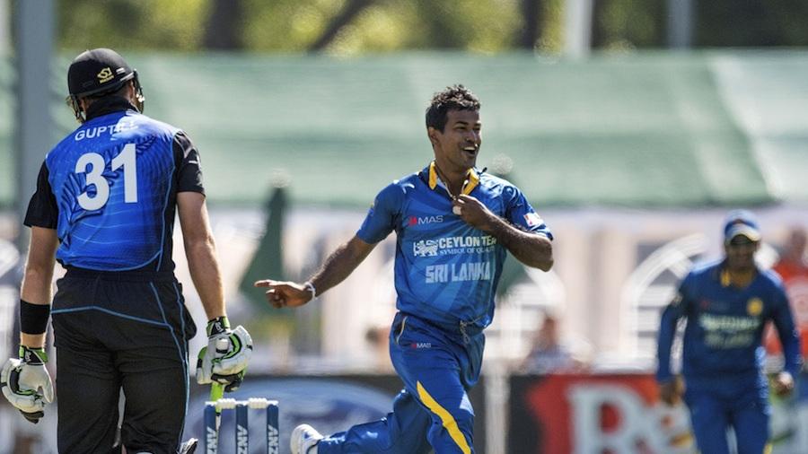 Nuwan Kulasekara had Martin Guptill caught behind first ball