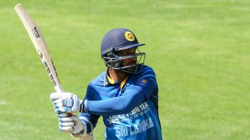 Kumar Sangakkara swivels and pulls