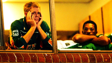 Shaun Pollock is distraught after South Africa's elimination