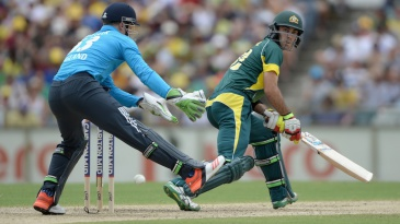Glenn Maxwell plays the reverse paddle-sweep