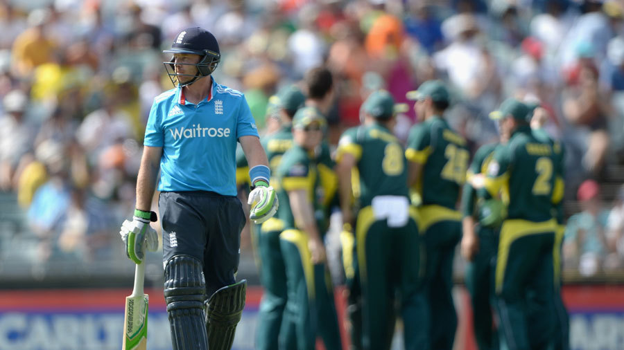Ian Bell departed early in England's chase
