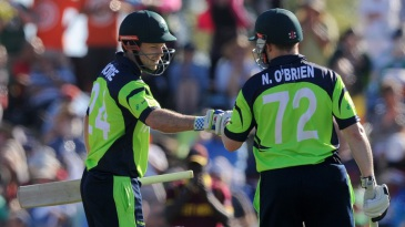 Ed Joyce and Niall O'Brien put on 96 runs for the third wicket