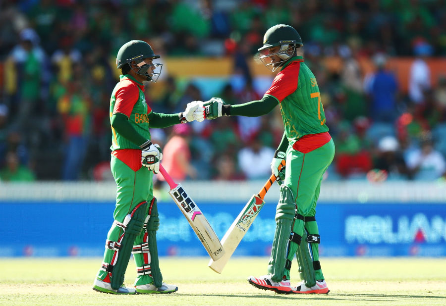 Shakib Al Hasan and Mushfiqur Rahim steadied the innings with a 114-run fifth-wicket stand