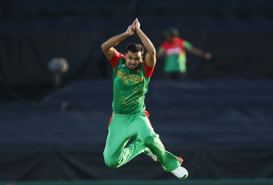 Mashrafe Mortaza picked up three wickets and kept the Afghanistan middle order from settling into a rhythm