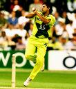 Wasim Akram bowls, Australia v Pakistan, World Cup final, Lord's, June 20, 1999