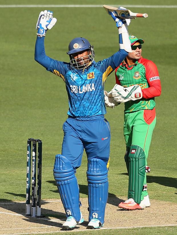 Tillakaratne Dilshan celebrates his 21st ODI hundred