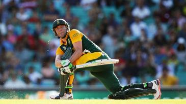 AB de Villiers scored 55 runs off his last 13 deliveries
