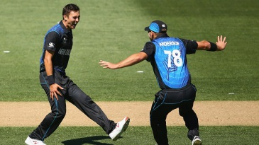5-3-3-5: that's Trent Boult's second spell