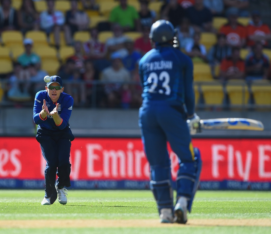 The only wicket England managed was Tillakaratne's Dilshan's