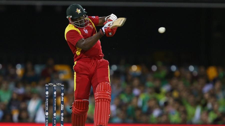 Hamilton Masakadza plays a pull