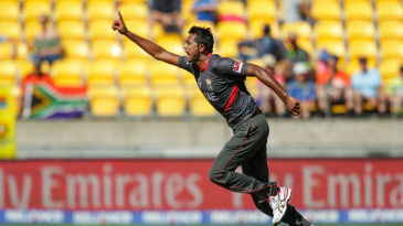 Amjad Javed celebrates the wicket of Quinton de Kock