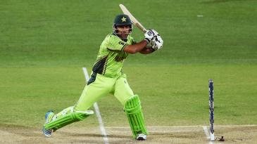 Sarfraz Ahmed tucks the ball behind square