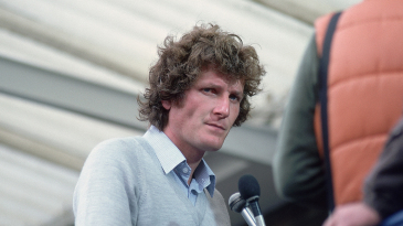 Bob Willis speaks to the press