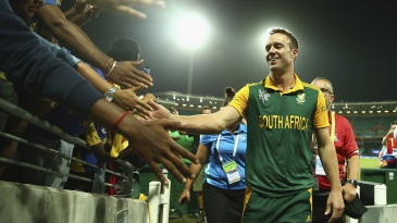 AB de Villiers is a crowd-pleaser even without bat in hand