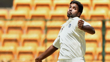 Varun Aaron in his delivery stride