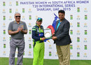 Asmavia Iqbal receives the Player-of-the-Match award, Pakistan v South Africa, 2nd women's T201, Sharjah, March 20, 2015