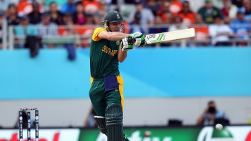AB de Villiers clobbers the ball into the leg side