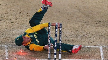 AB de Villiers was unable to convert a run-out opportunity