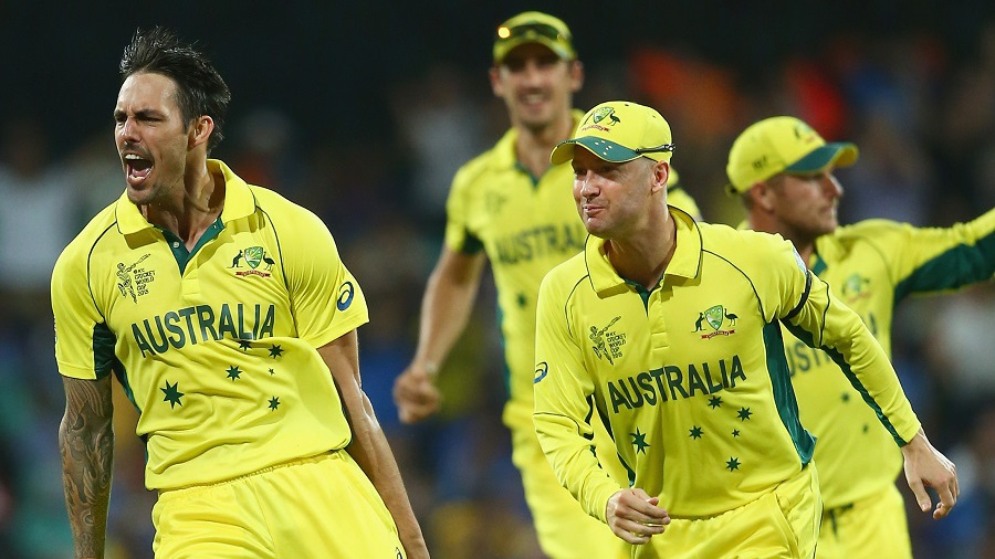 Two overs later, Mitchell Johnson bounced out Virat Kohli for 1 off 13 balls