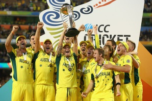 A jubilant Australia team after lifting the World Cup, Australia v New Zealand, World Cup 2015, final, Melbourne, March 29, 2015