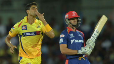 Ashish Nehra picked up early wickets to unsettle Delhi Daredevils