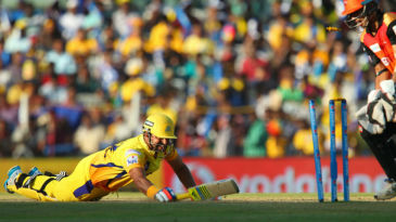 Suresh Raina fails to make his ground in time