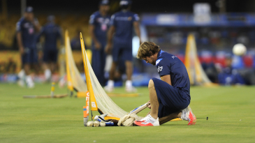 Jonty Rhodes prepares for a warm-up session