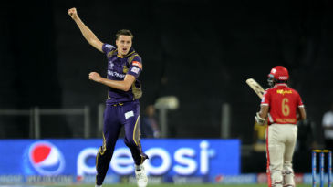 Morne Morkel celebrates the wicket of Wriddhiman Saha