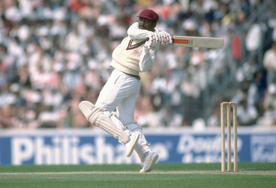 "<B>Batsman</b>: <a href=""http://www.espncricinfo.com/ci/content/player/51901.html"">Gordon Greenidge (West Indies)</a> <b>Percentage</b>: <big>63.51</big><br><b>Individual score</b>:<big> 134</big> <b>Team score</b>: 211<br><b>Match</b>: <a href=""http://www.espncricinfo.com/ci/engine/match/63165.html"" target=""_blank"">v England, Manchester, 1976</a><br><b>Result</b>: West Indies won by 425 runs"