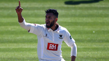 Ajmal Shahzad ran through Worcestershire's top order