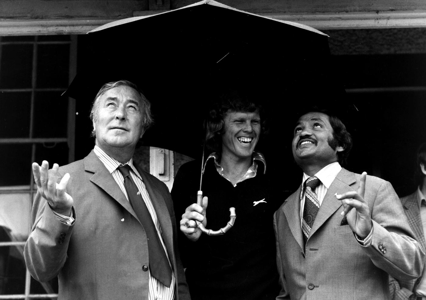 County cricket was an eye-opener for Barry Richards (centre, with Denis Compton and Mushtaq Mohammad). It was there he realised that cricket was popular among other people of other races too