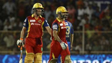 AB de Villiers and Virat Kohli put on an unbeaten 98 run stand