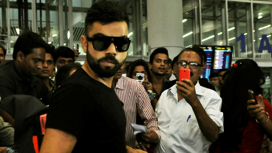 Virat Kohli arrives at the Kolkata airport