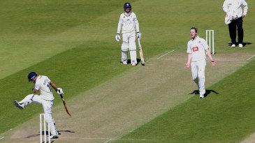 Scott Borthwick kicks the turf after falling to Oliver Robinson