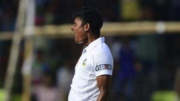 Taijul Islam celebrates Misbah-ul-Haq's wicket